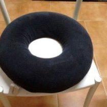 almofada-assento-redondo-com-orificio-em-latex-naturlatex